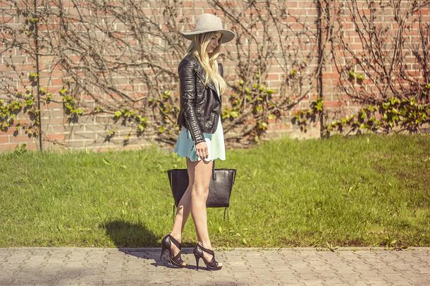 charmeuse blogger