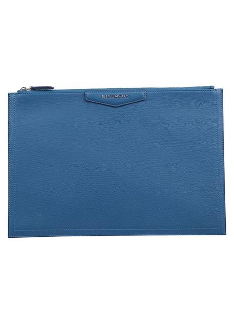 Givenchy Antigona Pouch in blue