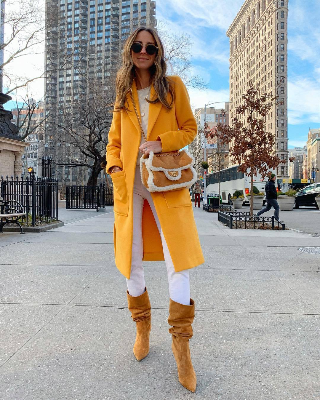 shoes knee high boots suede boots yellow coat heel boots white jeans skinny jeans crossbody bag brown bag white top