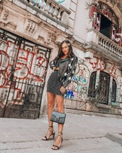 jacket,black leather jacket,stars,biker jacket,black sandals,black bag,crop tops,mini skirt,high waisted skirt,set
