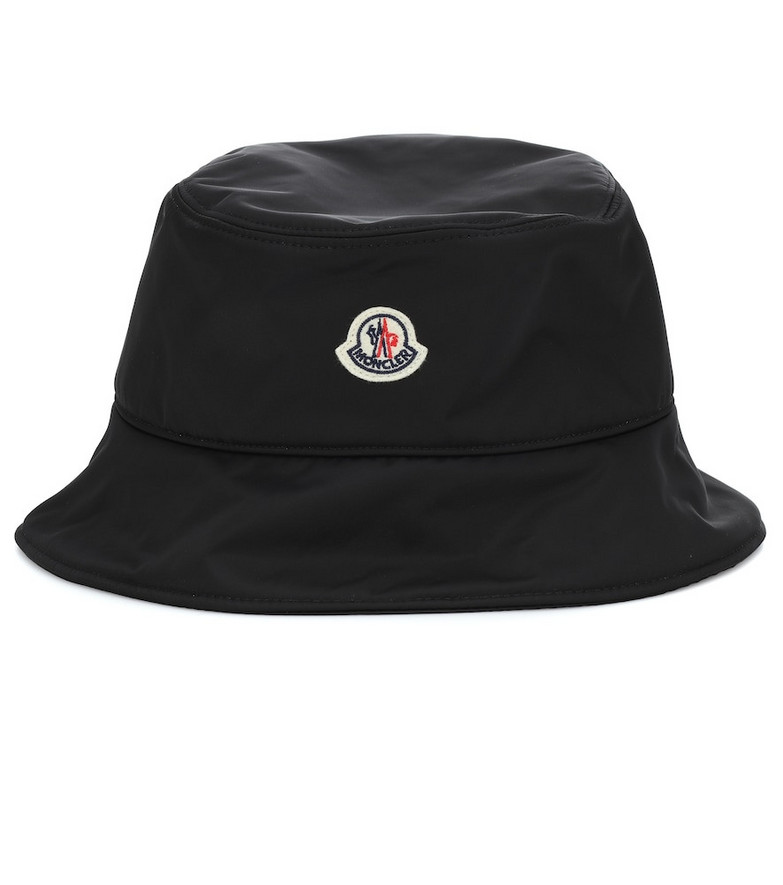 Moncler Bucket hat in black