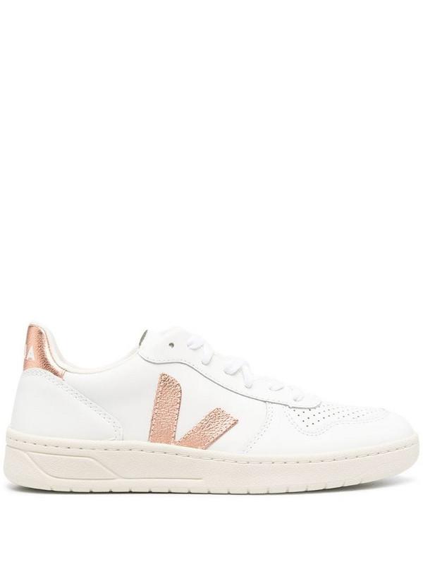 Veja V-10 low-top sneakers in white