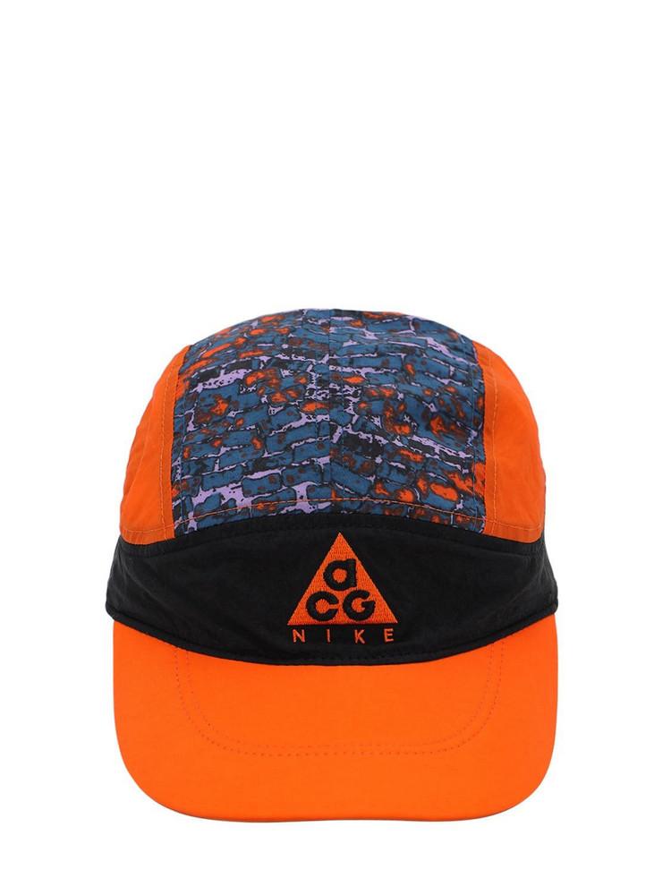 NIKE ACG Acg Tailwind G1 Techno Baseball Hat in black / orange