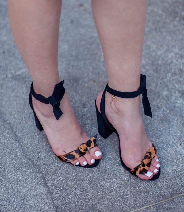 shoes high heels black heels trendy