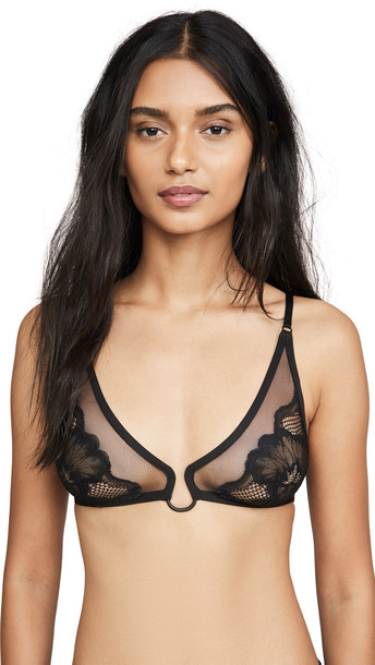 Calvin Klein Underwear Cluster Lace Unlined Triangle Bra in black