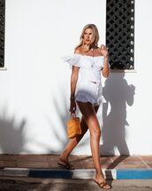 shorts,white shorts,lace,flat sandals,white top,crop tops,handbag
