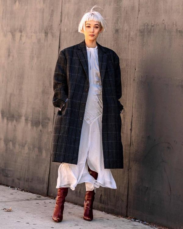 dress maxi dress self portrait white dress long sleeve dress knee high boots heel boots red boots plaid oversized coat