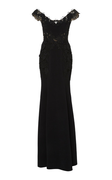 Marchesa Off The Shoulder Mermaid Gown Size: 6 in black
