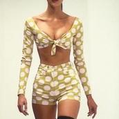 shirt,yellow,white,crop,tied shirt,long sleeve crop top,shorts,polka dots