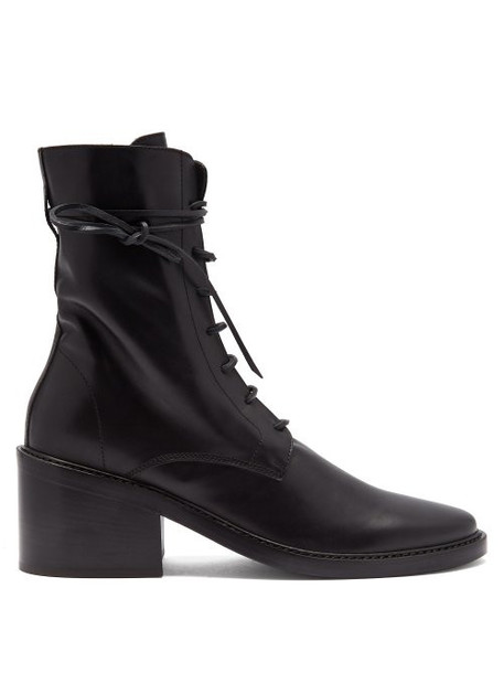 Ann Demeulemeester - Lace Up Leather Ankle Boots - Womens - Black