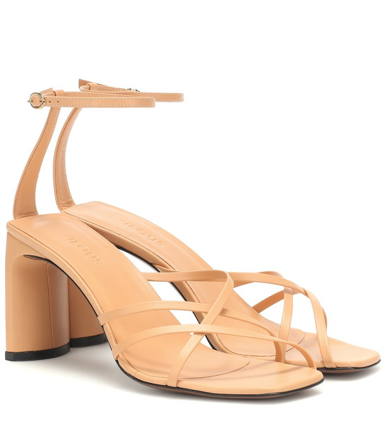 Neous Barbosella 80 leather sandals in beige