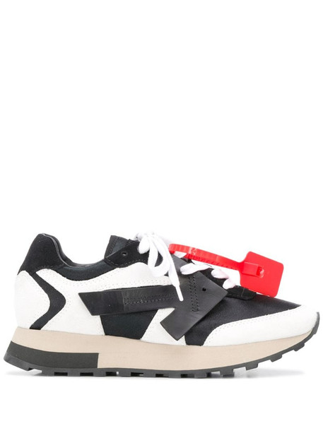 Off-White Arrows-patch low-top sneakers in black