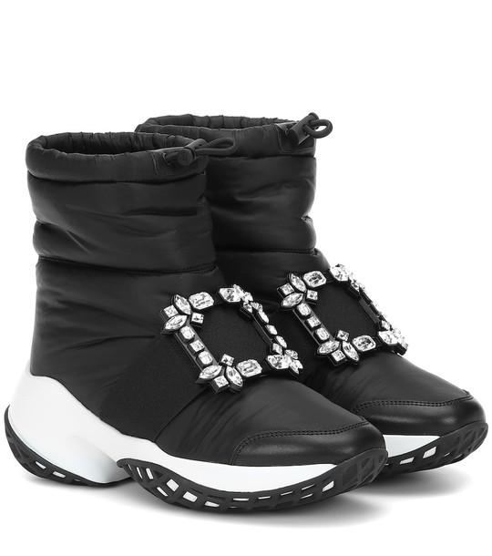 Roger Vivier Viv' Run Snow embellished boots in black