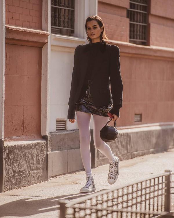 skirt mini skirt vinyl skirt high waisted skirt black skirt sneakers dior tights black blazer black bag gucci bag black turtleneck top