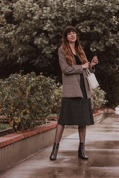 jeans and a teacup blogger sweater skirt top tank top jacket coat shoes dress bag jewels
