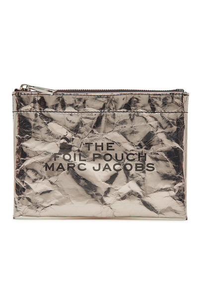 Marc Jacobs The Foil Pouch  in silver