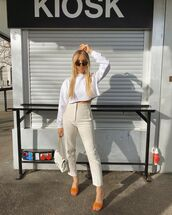 shoes,sandal heels,high waisted pants,white bag,cropped sweater