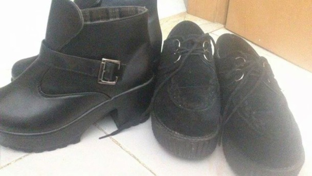 shoes black punk tank top black platform shoes leather jacket