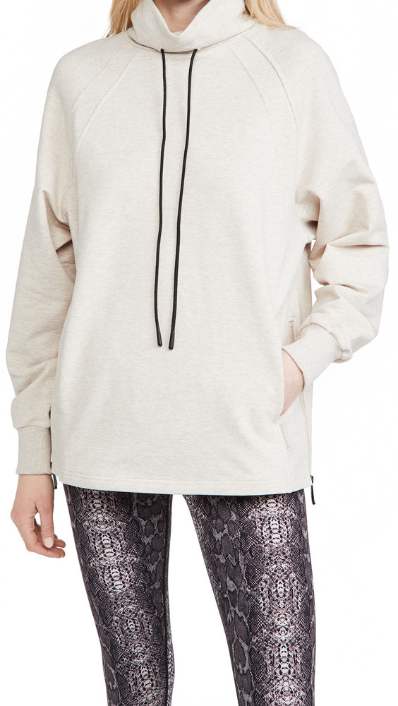 Varley Atlas Sweatshirt in grey / silver