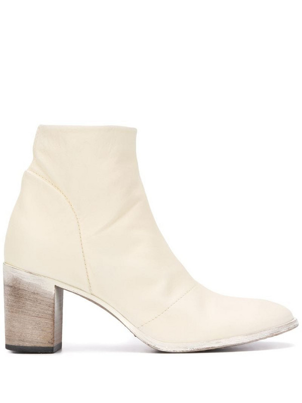 Moma Nashville ankle boots in white