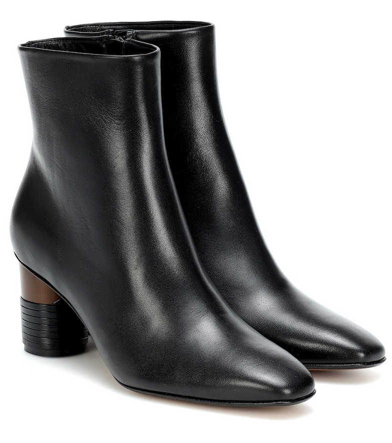 Souliers Martinez Asturias leather ankle boots in black