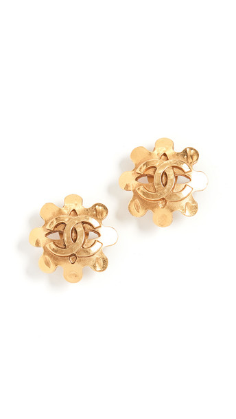 What Goes Around Comes Around Chanel CC Flower Earrings in gold