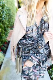 modern ensemble,blogger,dress,jacket,sunglasses,shoes,bag