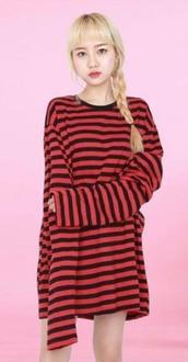 top,red,black,t-shirt dress,t-shirt,oversized,stripes,sweater,red and black,grunge,striped shirt,sweater dress,oversized shirt,oversized sweater