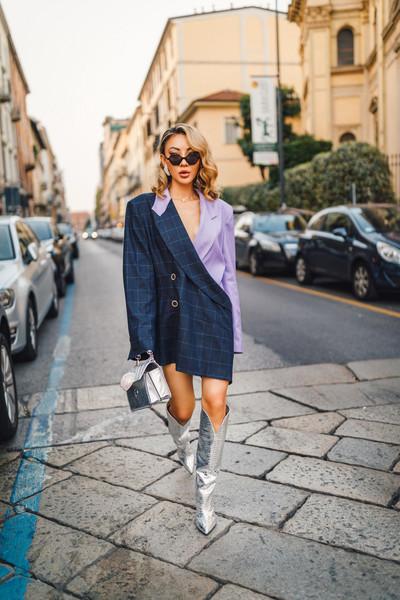 not jess fashion blogger jacket belt shoes jewels blazer metallic boots metallic bag bag sunglasses