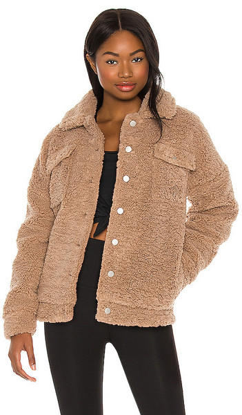 BEACH RIOT Laurie Jacket in Brown in taupe