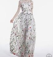 dress,floral,floral dress,v neck dress,embroidered