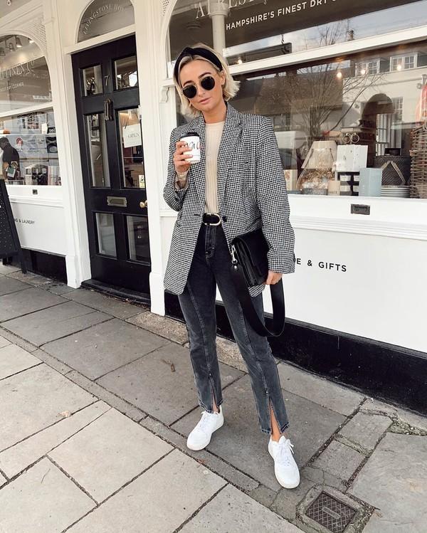 jacket blazer houndstooth topshop white sneakers grey jeans top black bag