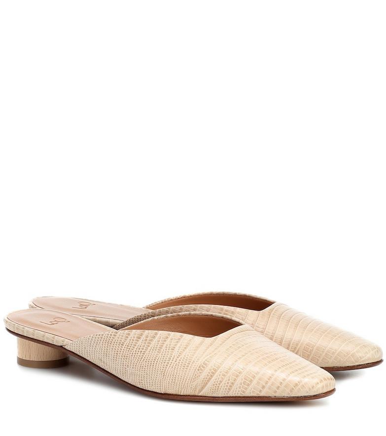 LOQ Carmen leather mules in beige