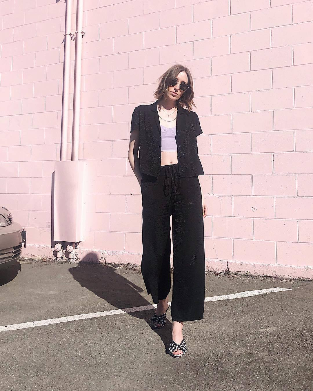 pants wide-leg pants black pants mules black shirt crop tops