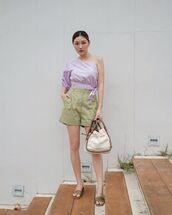 top,one shoulder,crop tops,High waisted shorts,slide shoes,bag