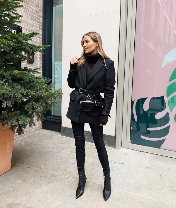 sweater black blazer ankle boots black skinny jeans turtleneck sweater black sweater