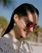 jewels,sunglasses