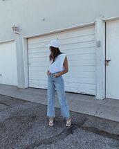 jeans,wide-leg pants,white sandals,white top,tank top,cap