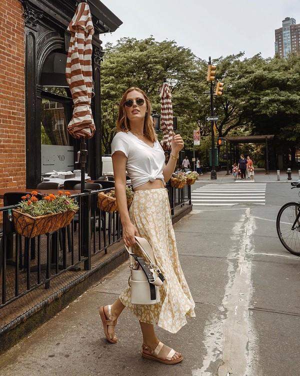 shoes sandals midi skirt floral skirt white shirt bucket bag white bag platform sandals white t-shirt