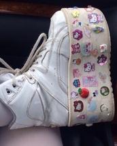 shoes,white,chunky,platform shoes,sneakers,trainers,pastel,stickers,harajuku,alternative,90s style,harajuku shoes,chunky boots,90's fashion