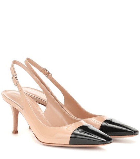 Gianvito Rossi Lucy 70 leather slingback pumps in neutrals