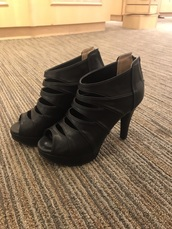 shoes,black,heels,platform shoes,pumps,gladiators,leather