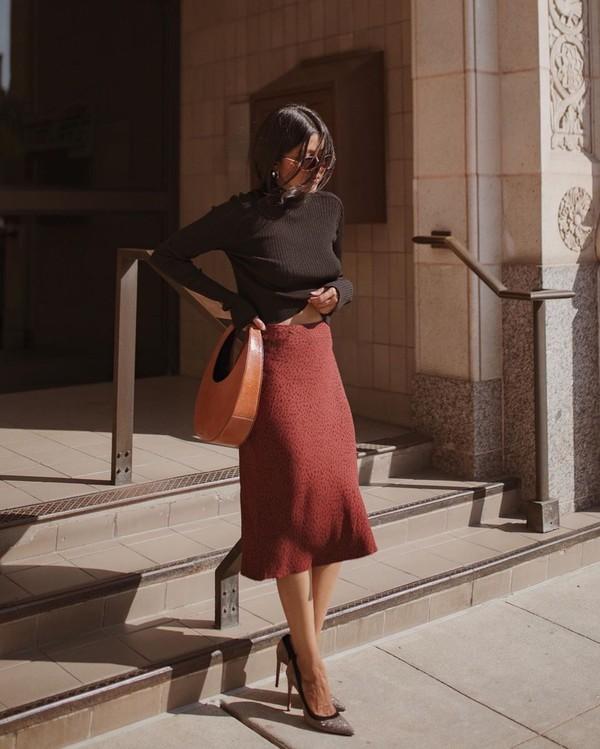 skirt midi skirt pumps turtleneck sweater black sweater handbag