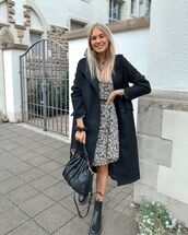 dress,floral dress,black boots,black bag,black coat