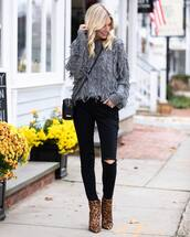 sweater,leopard print,ankle boots,heel boots,black skinny jeans,black ripped jeans,black bag,crossbody bag