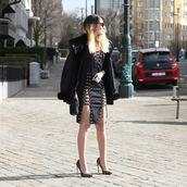 shoes,pumps,stilleto heels,pointed toe,leopard print