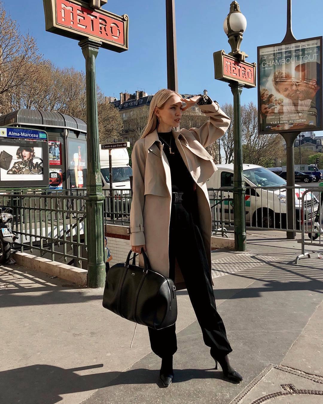 pants black pants pleated high waisted pants black boots black bag long coat trench coat black top