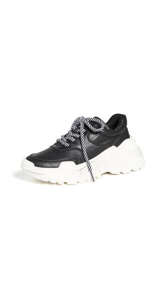 LAST Sprint Sneakers in black