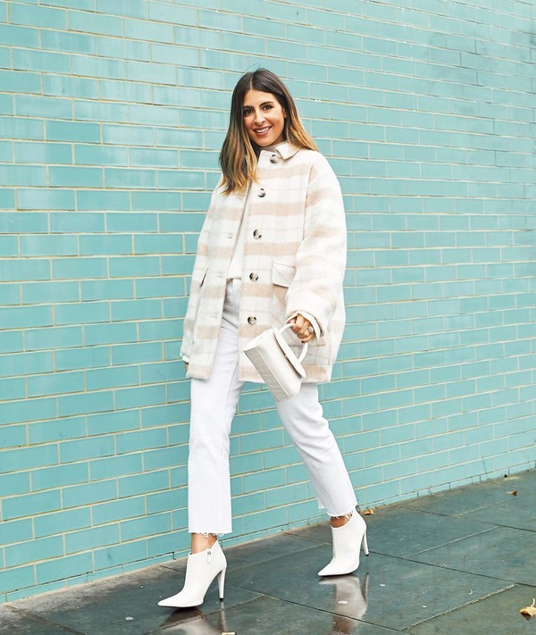coat oversized ankle boots white boots white jeans cropped jeans white bag white sweater
