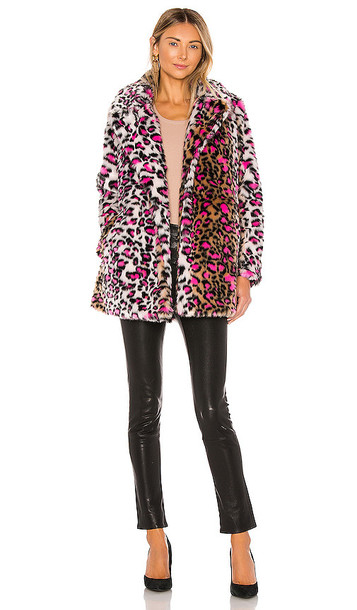 superdown Taj Faux Fur Coat in Pink